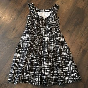 Calvin Klein Black White Pattern Sleeveless Dress